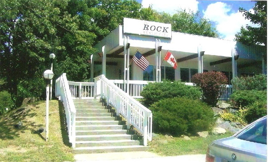 The Rock Restaurant - The New Best Restaurant In Town!